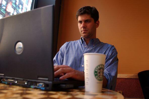 WI-FI Y EQUIPOS PÚBLICOS- Toma en cuenta que el Internet gratuito en caf...