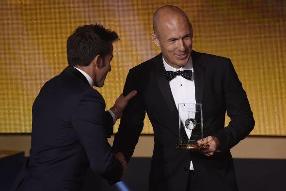El tercer delantero fue el holandés Arjen Robben, quien as&iacute...