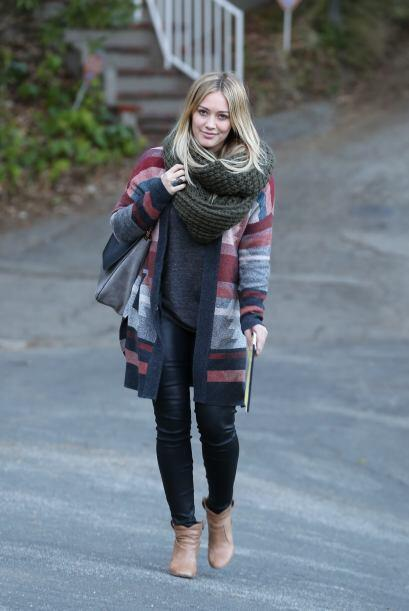Hilary Duff es una chica con un sencillo estilo, pero no por eso luce ma...