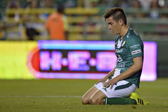 Ignacio Goonzález (7): Siempre bien parado en la defensa. Sus coberturas...