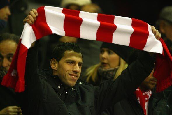 En las gradas del estadio de 'Anfield' estaba el argentino Maxi Rodr&iac...