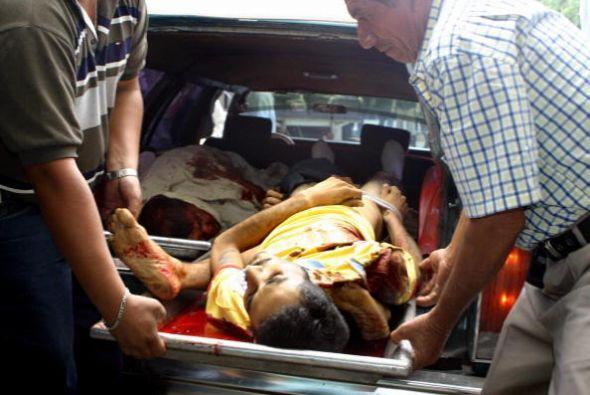 Al menos 58 personas fallecieron y alrededor de 90 resultaron heridas tr...