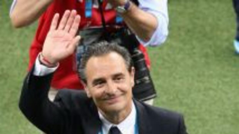 Prandelli se fue feliz tras la victoria de Italia por 2 a 1 sobre Inglat...