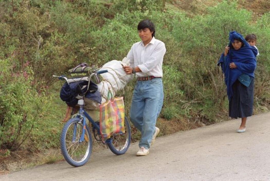 1. Chiapas  Porcentaje de su población en pobreza extrema: 32.2%
