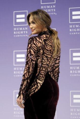 Este modelito con encaje fue el que lució en la gala Human Rights Campai...