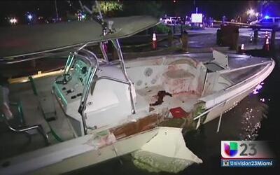 Bomberos defienden su labor en fatal accidente de bote