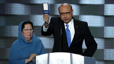 Khizr M. Khan: ¿Alguna vez ha leído siquiera la Constitución de Estados...