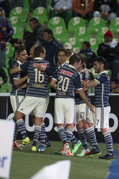 Chivas se vio bien desde los primeros minutos con una propuesta ofensiva...