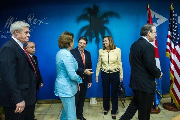 El mismo día, una delegación de congresistas estadounidenses fue recibid...