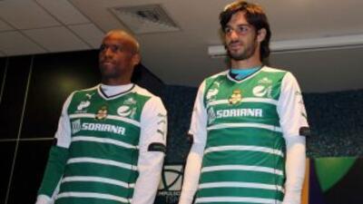 Ribair Rodríguezy Jonathan Lacerda, presentados como refuerzos del Santos.