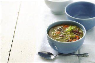 Sopa de chícharos o guisantes: Los chícharos secos, también llamados spl...