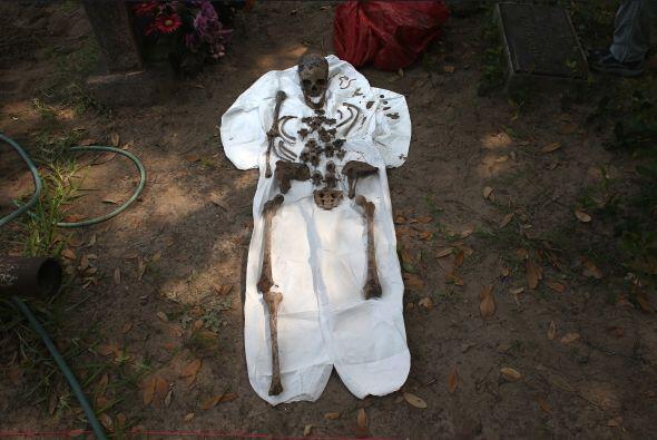 Todos los restos humanos fueron encontrados y exhumados en el condado Br...