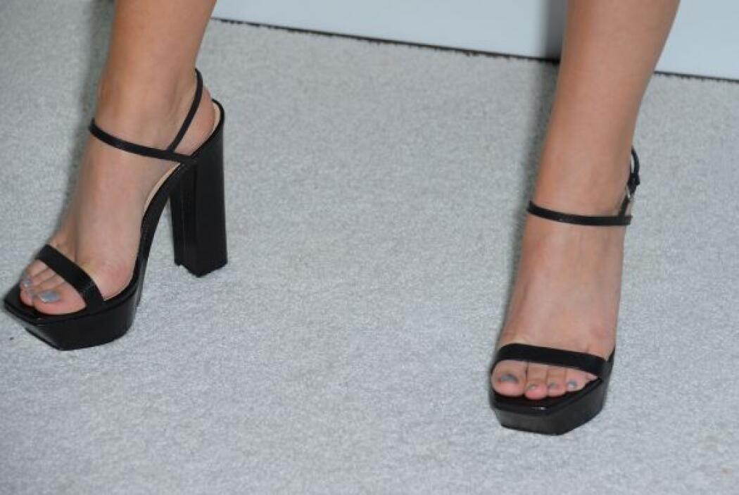 Las uñas de los pies también tienen que estar perfectas para ser toda un...