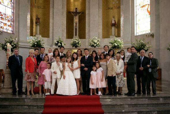 Durante la primera comunión de Fernanda (hija de la actriz). ((Foto toma...