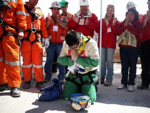 El minero Esteban Rojas salió de la mina San José con una promesa que cu...