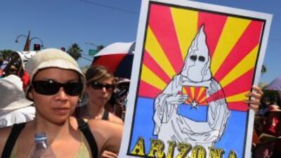 El tema de la inmigración indocumentada es más que polémico en Arizona,...