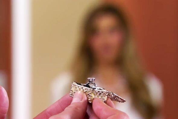 ¡Qué hermoso anilllo Fernando! Te luciste con la elecci&oac...