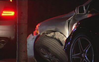 Múltiples accidentes de tráfico ocasionó un conductor perseguido por la...