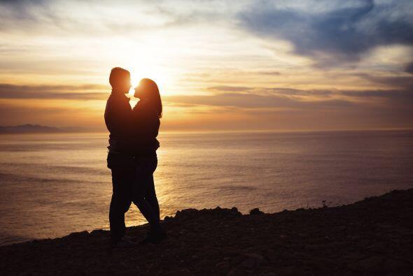 Las parejas que tienen una relación fuerte y feliz, no pierden el tiempo...