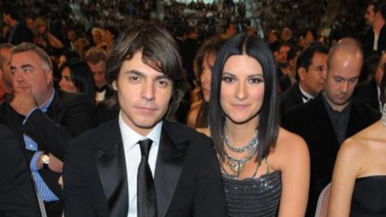 Laura Pausini y Paolo Carta anunciaron el nacimiento de su pequeña Paola...