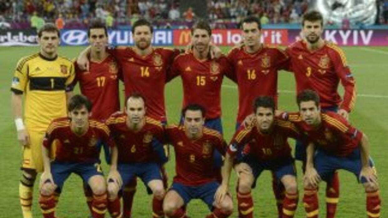 Los españoles no sueltan el primer puesto del ranking FIFA, en donde est...