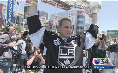 LA Kings festejaron su campeonato por todo lo alto