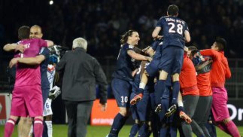 Todas las figuras del PSG durante el festejo por obtener la Liga.