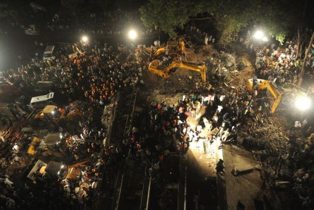 La fuente agregó que otras 57 personas resultaron heridas por el acciden...