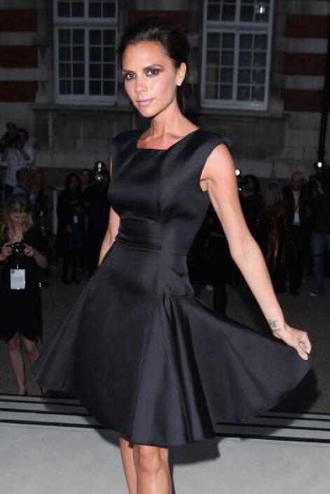La muy hermosa y exitosa Victoria Beckham aed8bce76df84e8399ade65f9227d7...