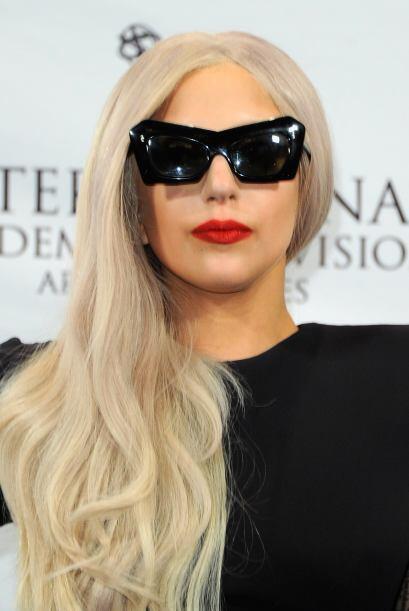 Lady Gaga. Marzo 28 1986: Esta ariana que realmente sabe ser el número u...