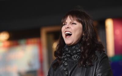 NEW YORK, NY - NOVEMBER 24: Pat Benatar performs at the 89th Annual Macy...