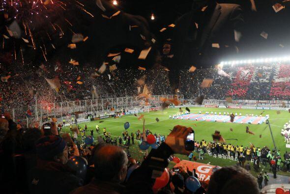 Pasando del otro lado del charco, la tradicional Copa Libertadores en Su...