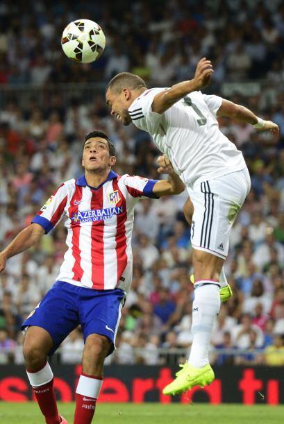 Pepe fue otro que buscó empatar a base de testarazos pero era apr...