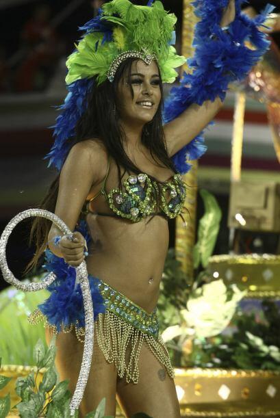 Larissa Riquelme también ha posado en traje de Eva para la canden...