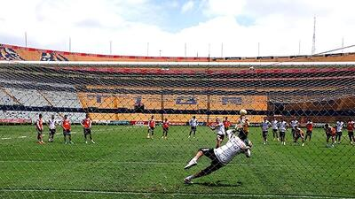 Los Tigres practicaron penaltis por si es necesario ante Emelec tigres-e...