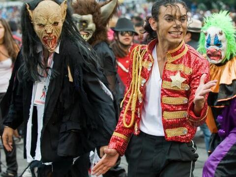 Héctor Jackson, imitador conocido del cantante estadounidense Michael Ja...
