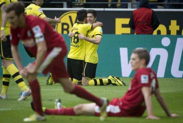 Polonia tiene en Robert Lewandowski a un crack aún en ascenso y Borussia...