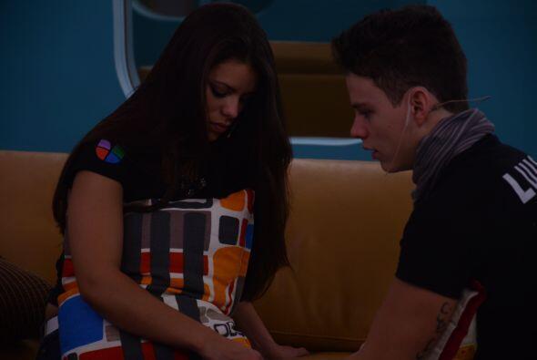 Marlin cree que Luis y ella no pudieron con la relación por vivir bajo e...