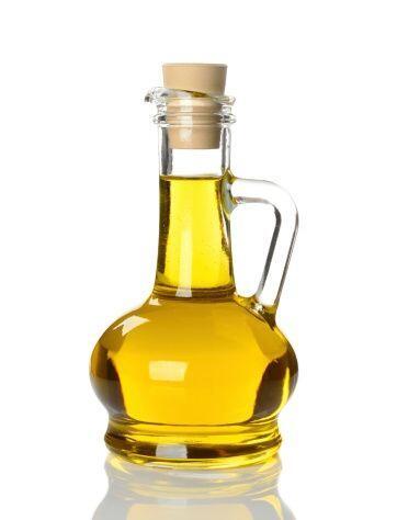 El aceite de ricino también proporcionará brillo y sedosid...