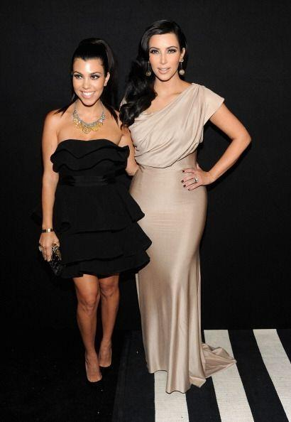 Kim Kardashian es otra 'clienta' de la marca VB. Aquí la podemos observa...