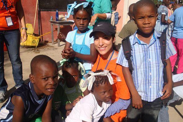 Nuestra Senadora Natalia se fue a Haití a llevar ayuda a los damnificado...