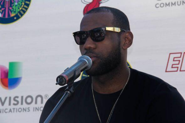 Lebron James habla del apoyo que siente de toda la gente de Miami.