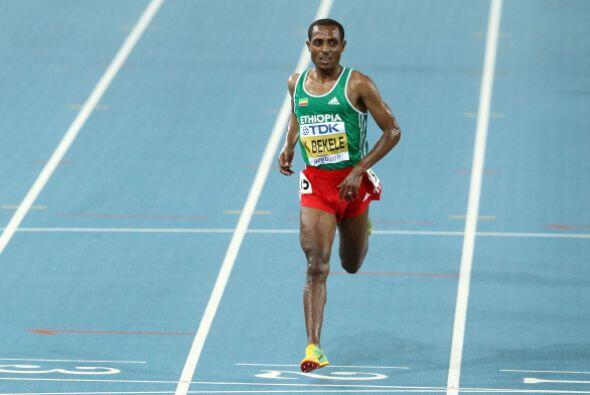 El etíope Kenenisa Bekele, oro olímpico en Atenas 2004 y B...