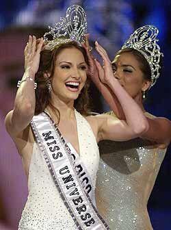 La guapa Denise Quiñones además de obtener el título mayor,  se llevó lo...