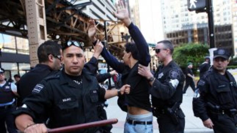 A la fecha 205 departamentos de policía de California y 58 del Alguacil...