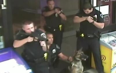 Revelan imágenes de la muerte de un hombre a manos de la policía en Fontana