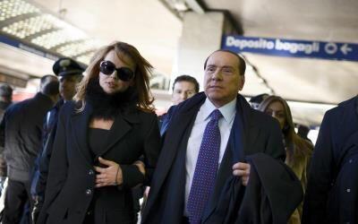Silvio Berlusconi, el exprimer ministro italiano de 77 años, ha c...