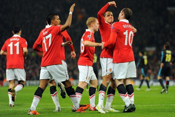 Hernández muestra su humildad y felicitó a Rooney señalándolo como el hé...