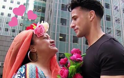 Boquita salió a las calles de Nueva York en busca de un marido billonario