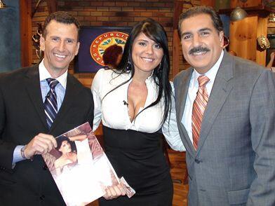 La Miss República 2006, Elizabeth Arias, regresó al Bar en el 2008.
